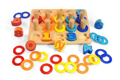 Døevìná vkládaèka puzzle èísla