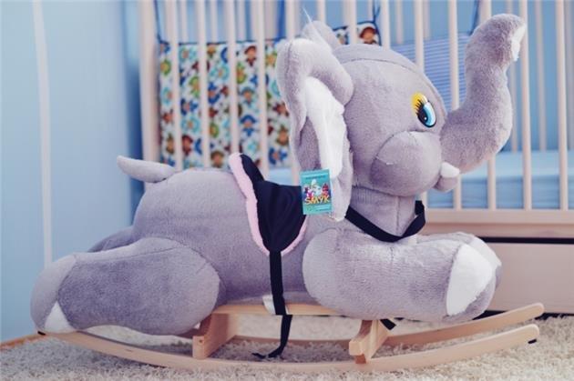 Houpací plyšová hraèka šedý slon