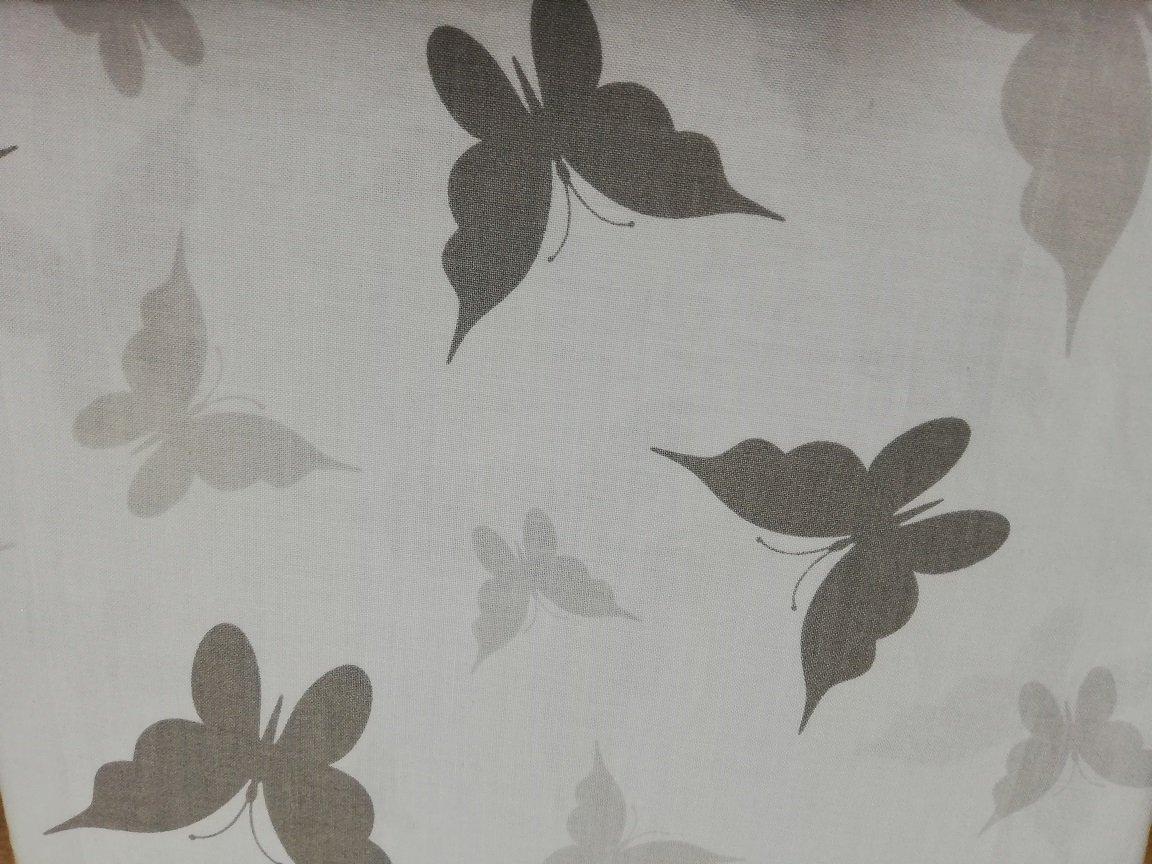 Bavlnìné prostìradlo 120x60 cm bílé s šedými motýlky - zvìtšit obrázek