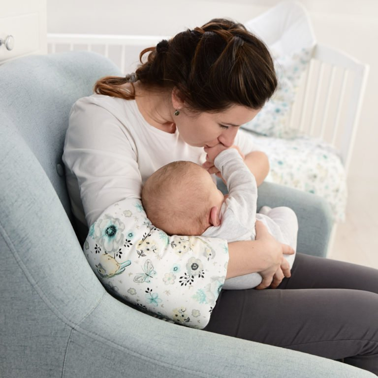 Rukáv na nošení a krmení miminka máta - zvìtšit obrázek